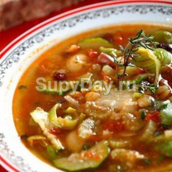 Вкусный суп с фасолью и солеными огурчиками