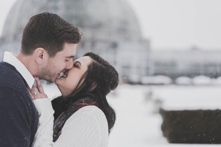 во время первого поцелуя вы впервые оказываетесь близки