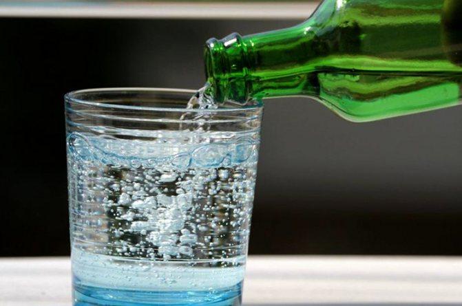 Вода газированная