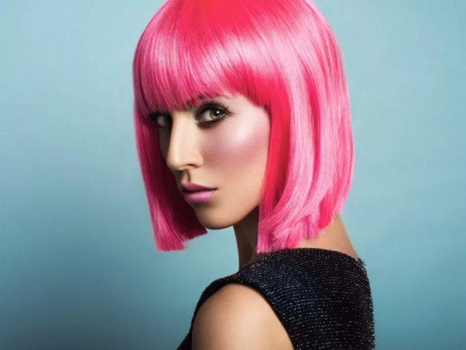 волосы розовые