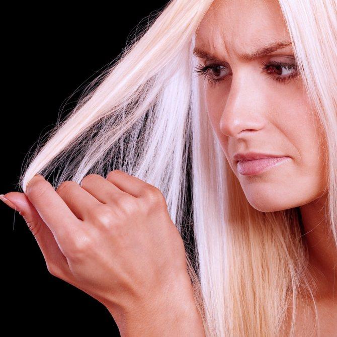 Восстанавливаем сухие и безжизненные волосы
