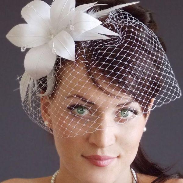 вуаль на свадебной шляпке