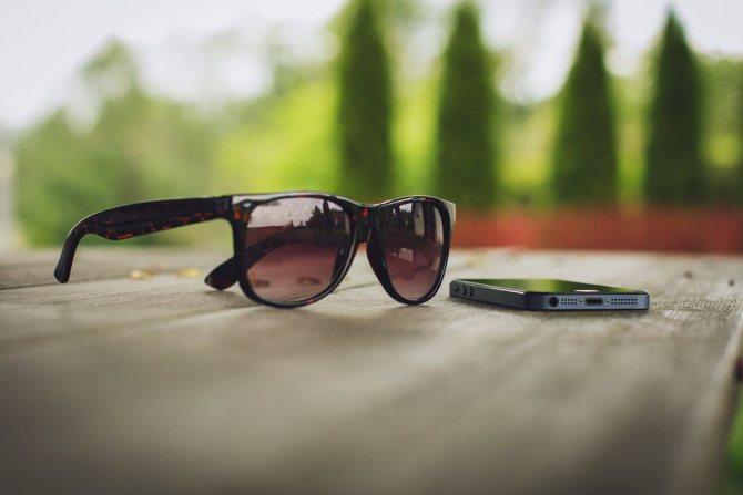 Выбираем стильный аксессуар – солнцезащитные очки
