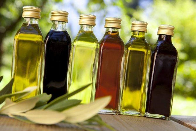 Выпивайте натощак ложку оливкового или конопляного масла