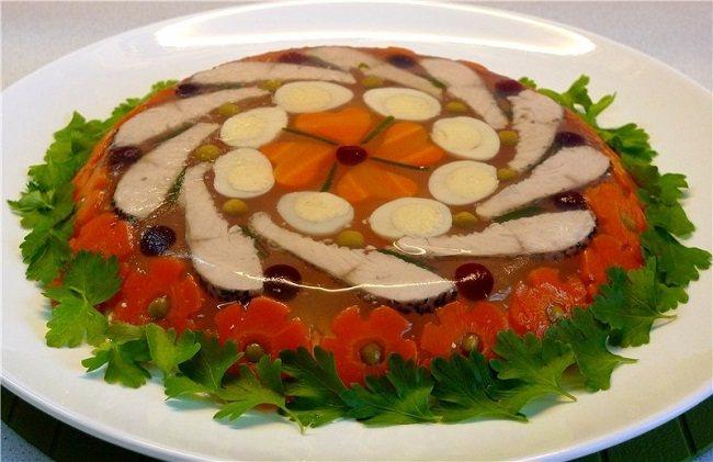 Заливное (холодец) из рыбы: 9 простых и вкусных рецептов заливной рыбы