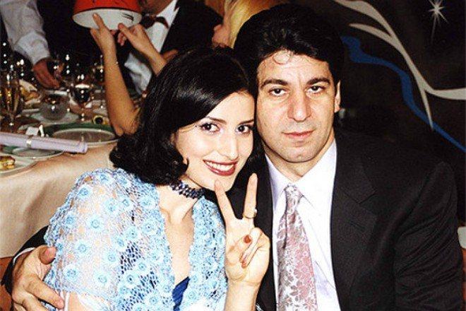Жасмин с первым мужем