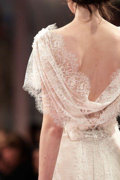 Женская одежда шик шарм с вырезом на спине