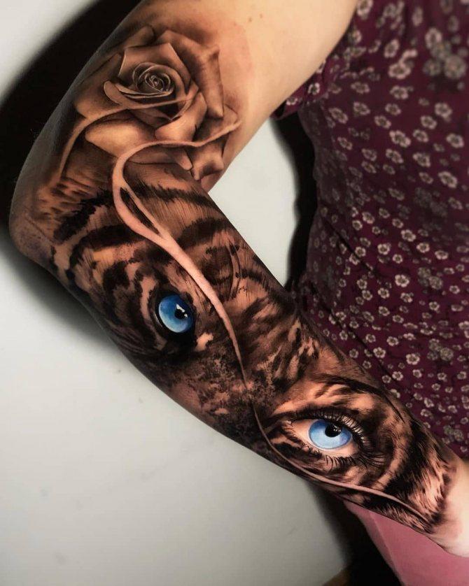 Женская Тату Роза и Голубые Глаза Тигра