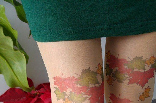 Женские ножки в чулках – 2020: фотообзор