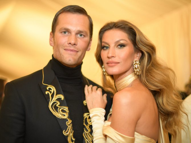 Жизель Бюндхен со своим мужем Томом Брэди