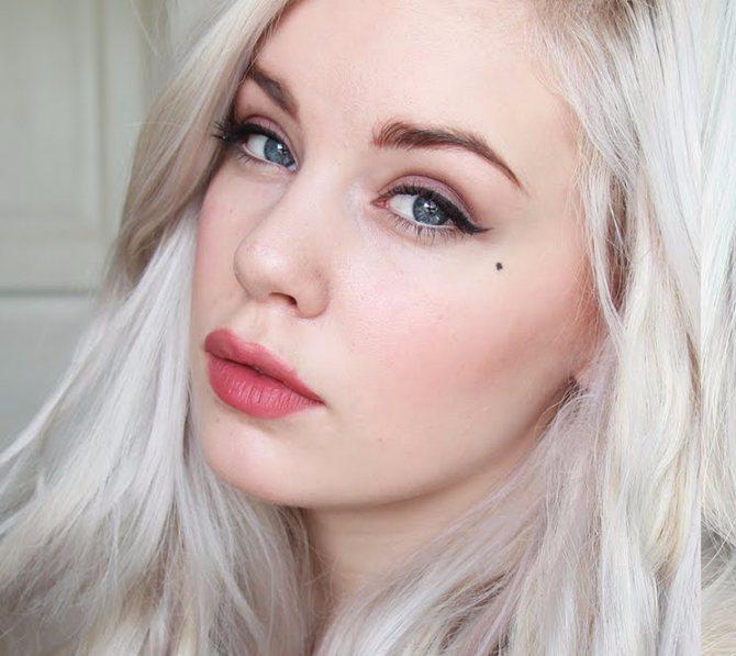 Зимний макияж для смуглолицых брюнеток и шатенок