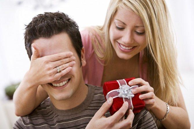 Знаки внимания и подарки