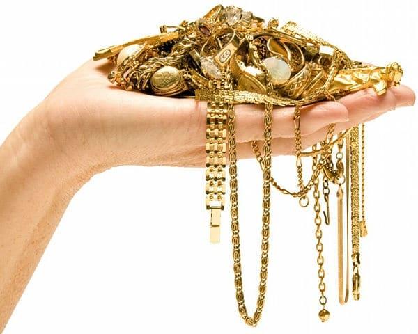 золото в ладони